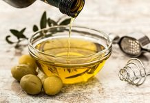 Olive Oil for Lice